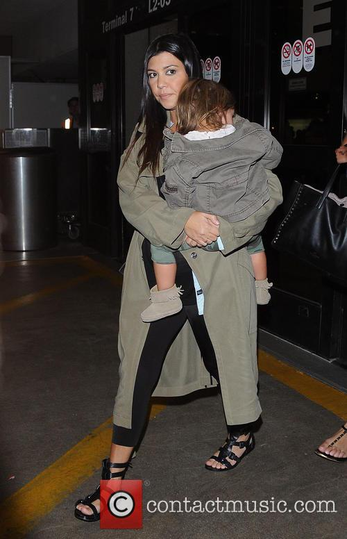 Kourtney Kardashian and Penelope Disick 3