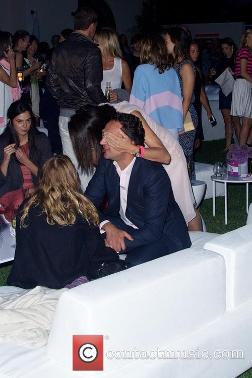 mary kate olsen olivier sarkozy the hamptons paddle party 4327708