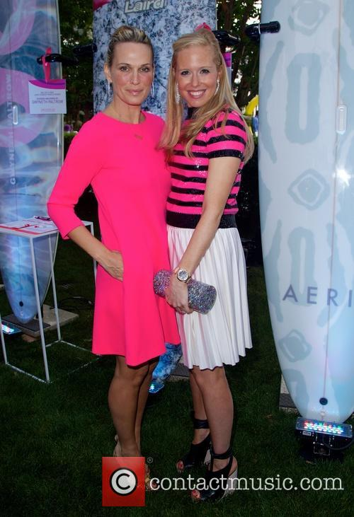 molly sims the hamptons paddle party for 4327682