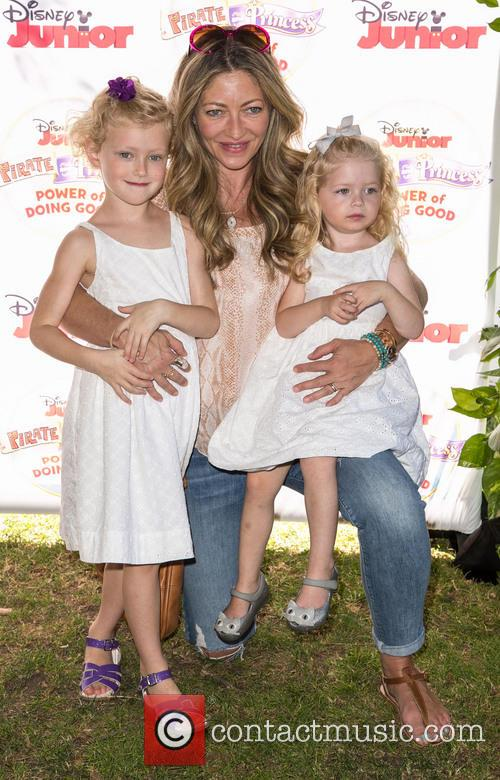 Rebecca Gayheart, Billie Beatrice Dane and Georgia Dane 7