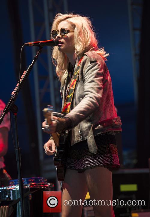 Nina Nesbitt 2