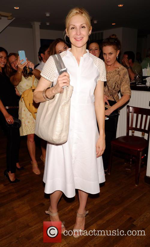 Kelly Rutherford visits 75main Restaurant and Lounge