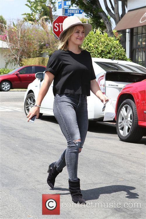 Hilary Duff leaving La Conversation restaurant