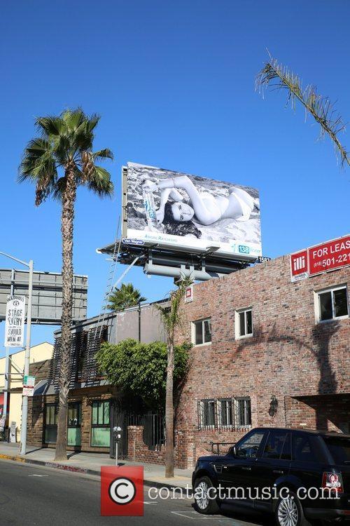Billboard 8
