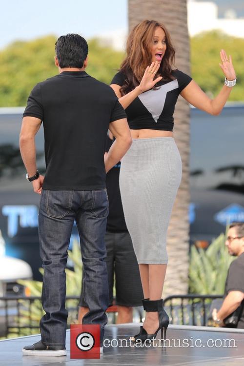 Tyra Banks and Mario Lopez 1