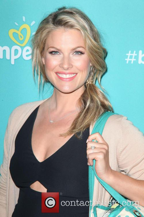 Expectant mother Ali Larter attends the Mom &...