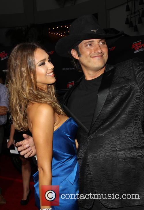Jessica Alba and Robert Rodriguez 9