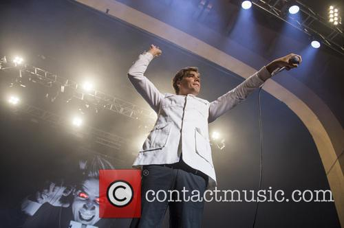 The Hives and Pelle Almqvist 6