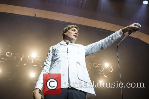 The Hives and Pelle Almqvist 9