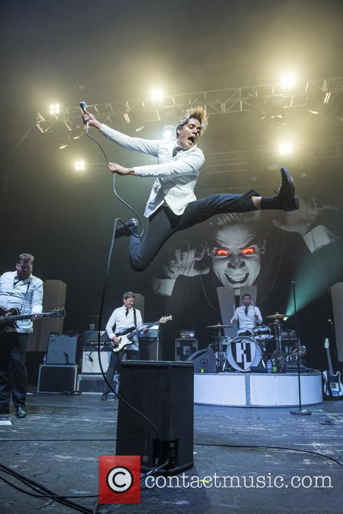 The Hives and Pelle Almqvist 11