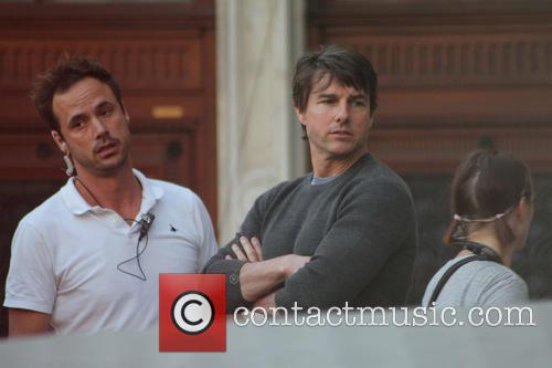 Tom Cruise and Guest 1