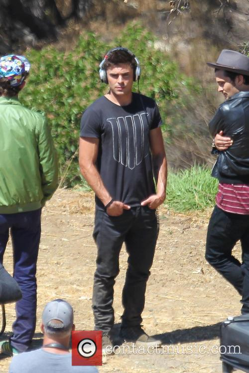 Zac Efron filming