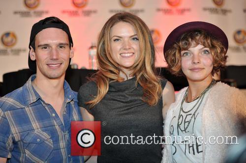 Cory Michael Smith, Erin Richards and Camren Bicondova