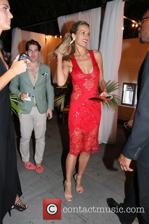 petra nemcova hamptons magazines cover event 4339223