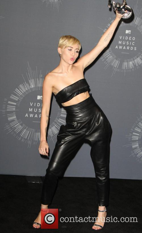 miley cyrus 2014 mtv video music awards 4339509