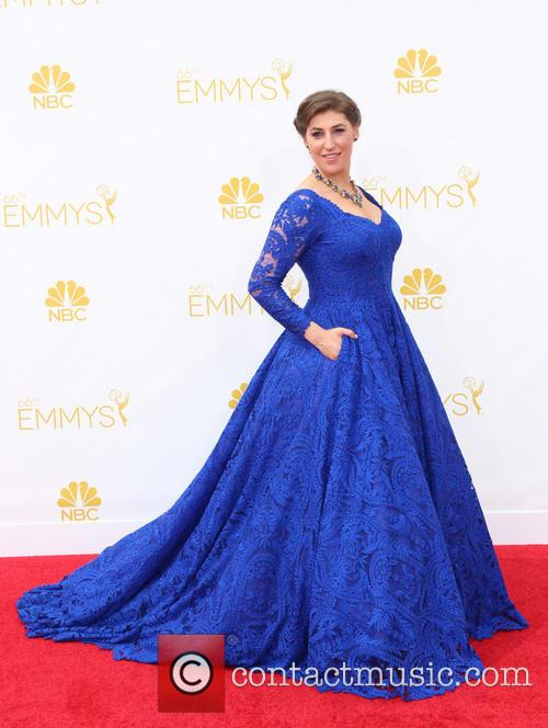 mayim bialik 66th primetime emmy awards  4342633