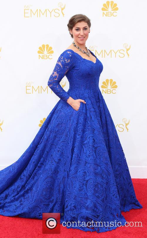 mayim bialik 66th primetime emmy awards  4342659