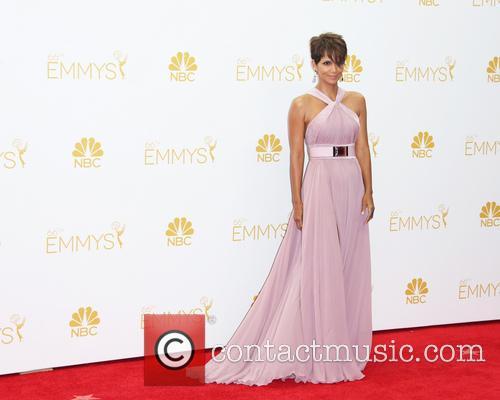 Halle Berry 7