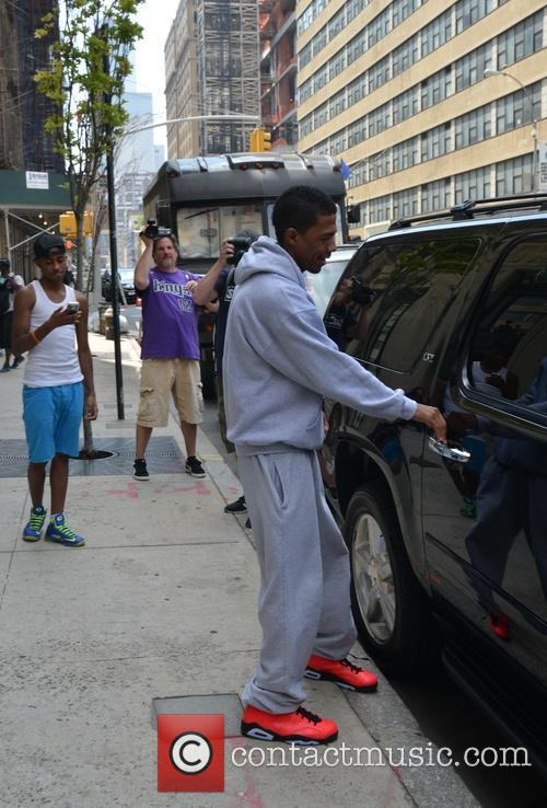 Nick Cannon leaving his old apartment