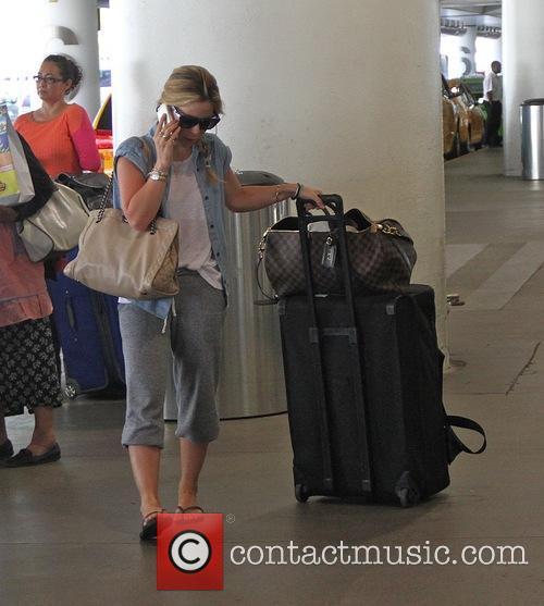 Tara Lipinski arrives at Los Angeles International Airport