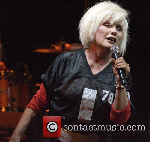 Blondie performs for a sold out crowd