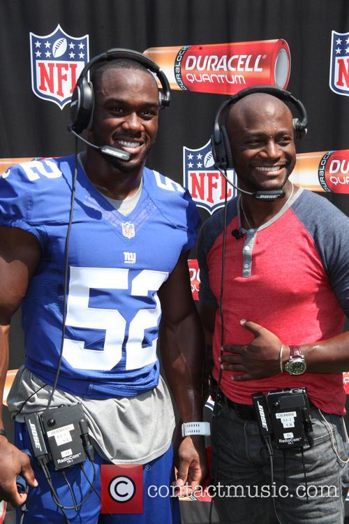 Taye Diggs & Duracell Interactive Tour Of MetLife...