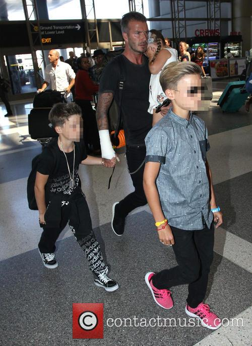 David Beckham, Harper Beckham, Cruz Beckham and Romeo Beckham 1