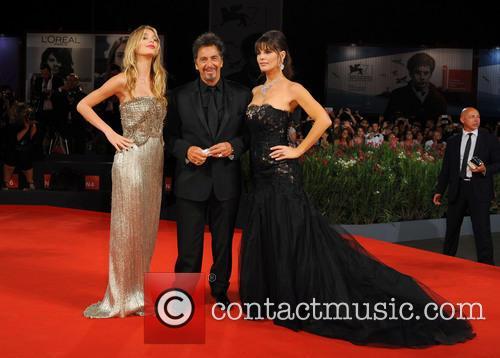 Al Pacino, Lucila Sola and Camila Sola 10