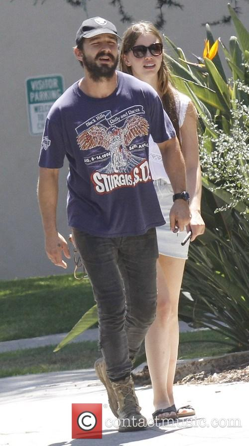Shia Labeouf and Mia Goth 8