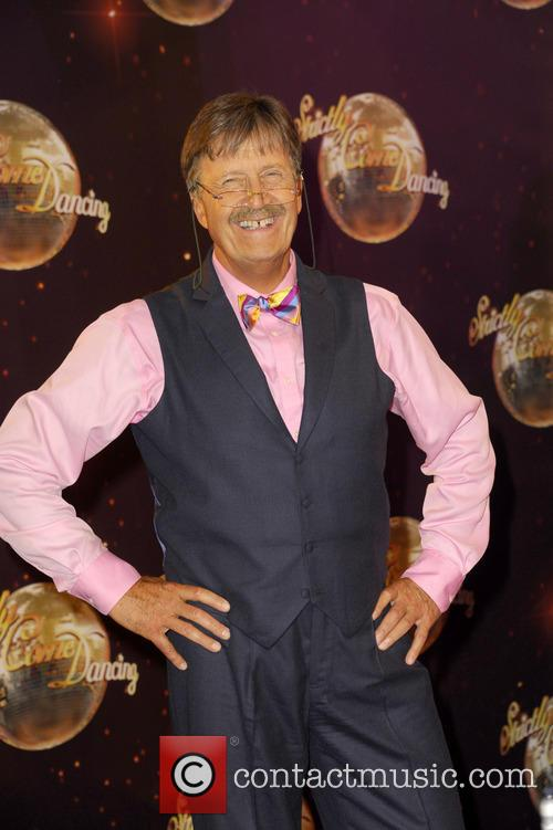 Tim Wonnacott Quits Bbc's 'Bargain Hunt' After Alleged Row With Producers