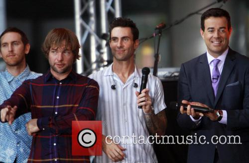 Carson Daly, Jesse Carmichael, Ryan Dusick, Adam Levine and Maroon 5