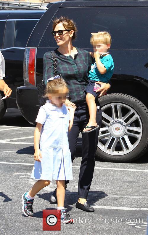 Jennifer Garner, Samuel Garner Affleck and Seraphina Rose Elizabeth Affleck 6