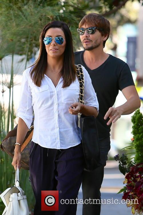 Eva Longoria and Ken Paves 6