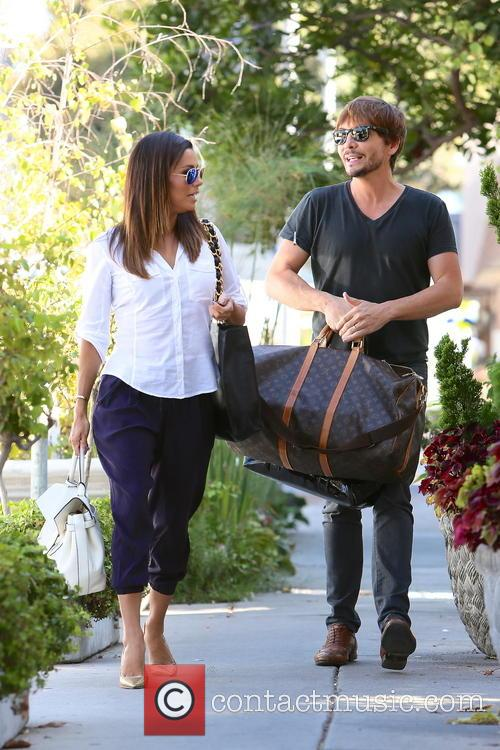 Eva Longoria and Ken Paves 8