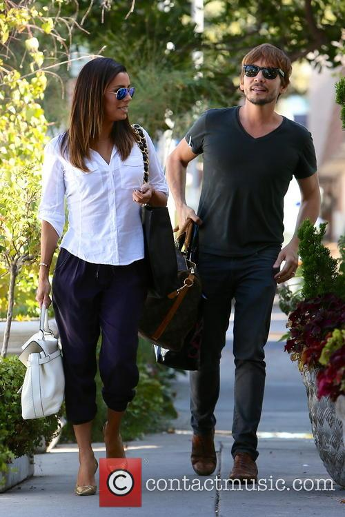 Eva Longoria and Ken Paves 11