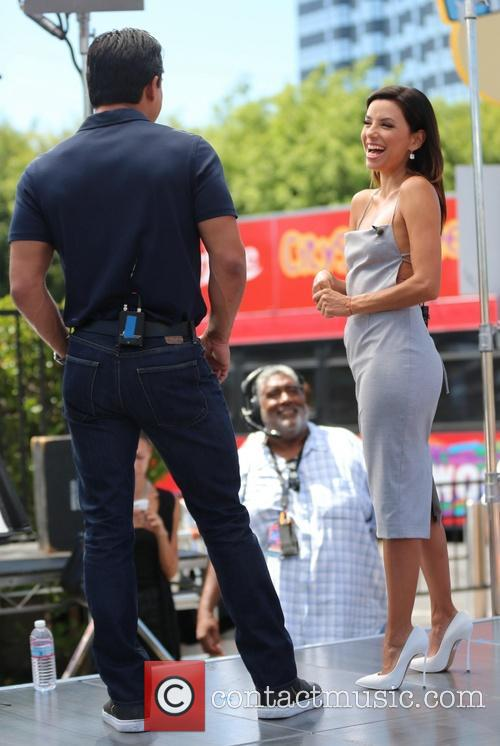 Eva Longoria and Mario Lopez 14