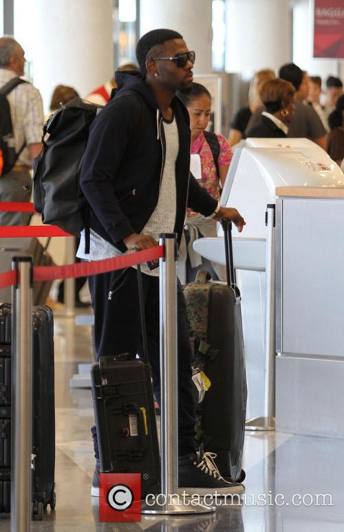 Jason Derulo at Los Angeles International Airport