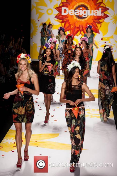 atmosphere mercedes benz fashion week spring 2015  4353895