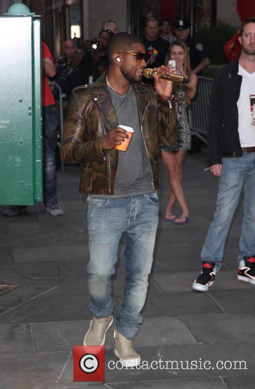 2014 TODAY Toyota Concert Series - Usher