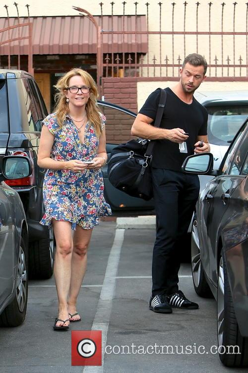 Lea Thompson and Artem Chigvintsev 2