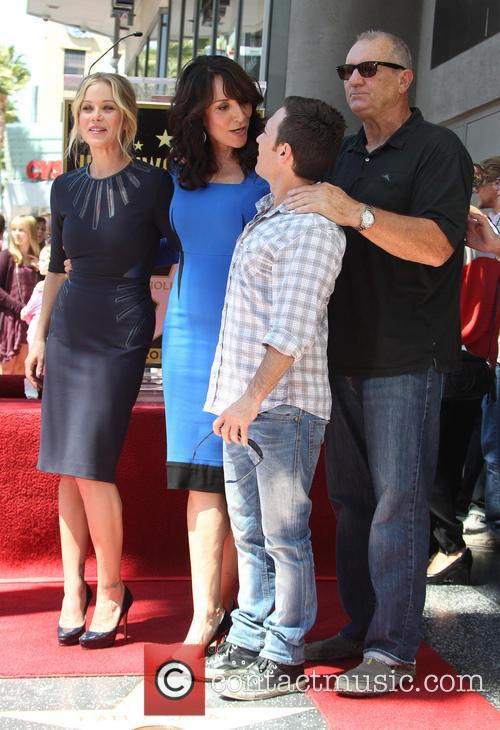 Christina Applegate, Katey Sagal, David Faustino and Ed O'neill 7