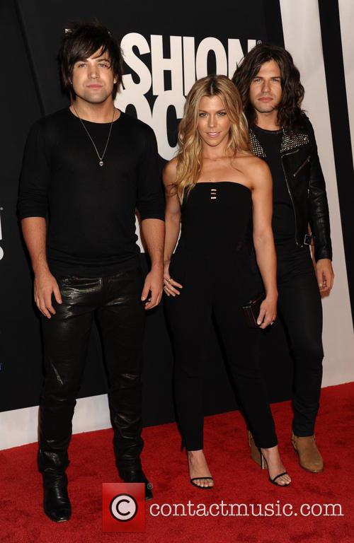 Reid Perry, Kimberly Perry and And Neil Perry From The Band Perry 1