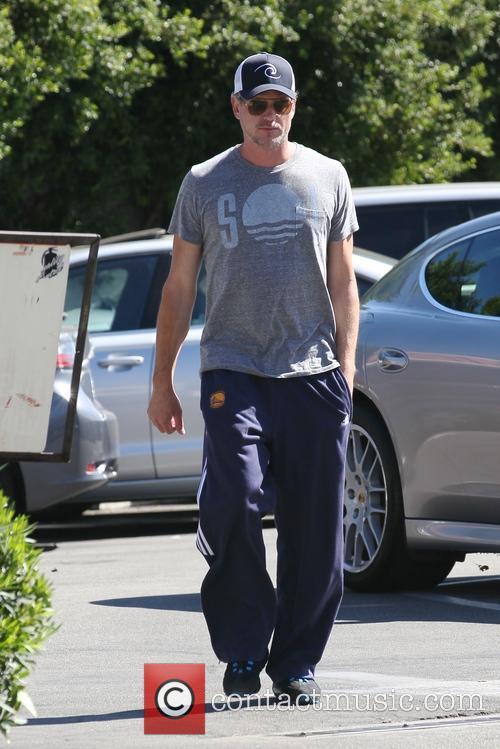 Eric Dane heads to a gym