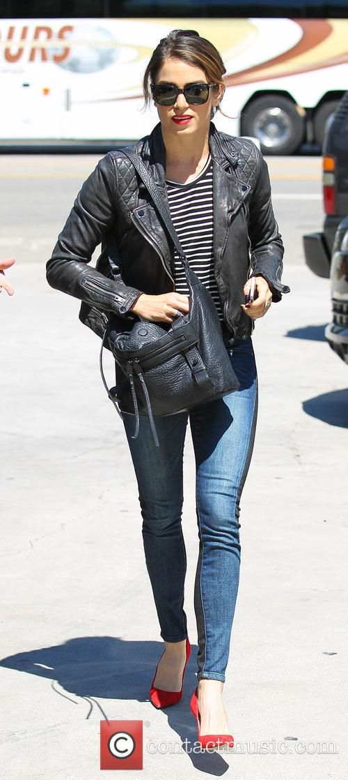 Nikki Reed goes out for lunch at SunCafe