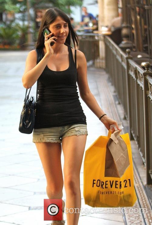 Cassidy Lehrman shopping at The Grove