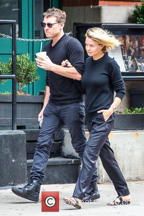 Sam Worthington and Lara Bingle 2