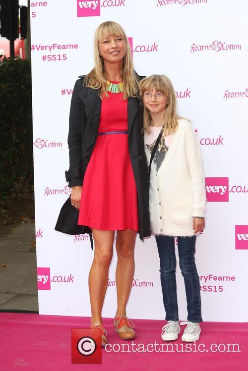 Sara Cox and Daughter 5