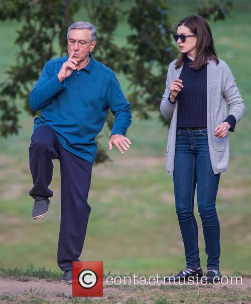 Anne Hathaway and Robert De Niro 6