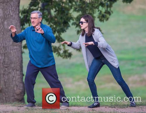 Anne Hathaway and Robert De Niro 10