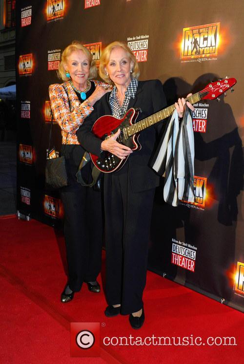 Alice Kessler and Ellen Kessler 1